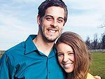 Jill and Derick Dillard announce their pregnancy!