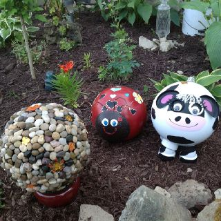 Bowling ball creation! Anyone have an old bowling ball? I'd love to try the animal ones!