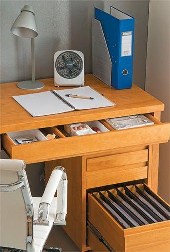 Você já conseguiu aquele cantinho para trabalhar em casa? Ok, mas agora vamos torná-lo eficiente e gostoso de trabalhar? E é sempre bom lembrar: Organização só funciona se ajudar a fazer o seu trabalho. Se for algo a mais para preocupar sua cabeça, não funciona.