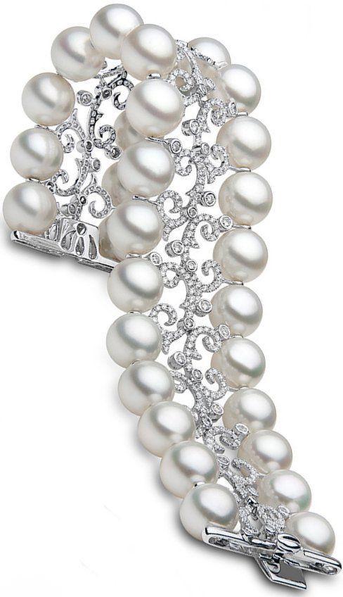 South Sea Pearl, Diamond and Platinum Bracelet