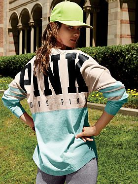 Love this VS Pink pull over. I need this for vacay and beyond.