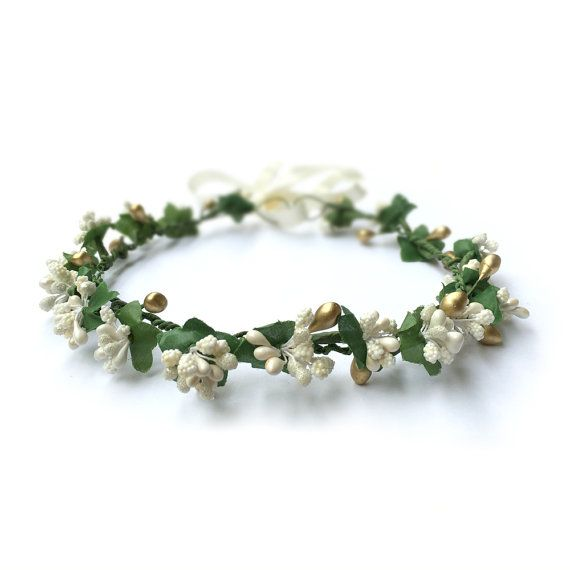 Floral Bridal Crown Berries Crown Ivory White by curtainroad