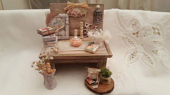 Miniatura  Tavolo Romantico in Stile Shabby Scala 1:12
