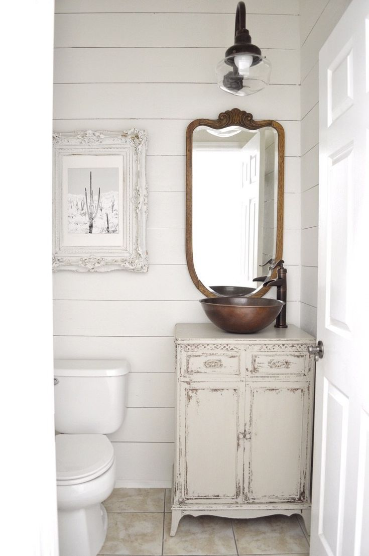 Our Little Powder Room Reno