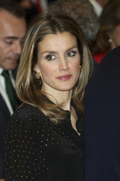 Queen Letizia of Spain Long Center Part - Queen Letizia of Spain Looks - StyleBistro