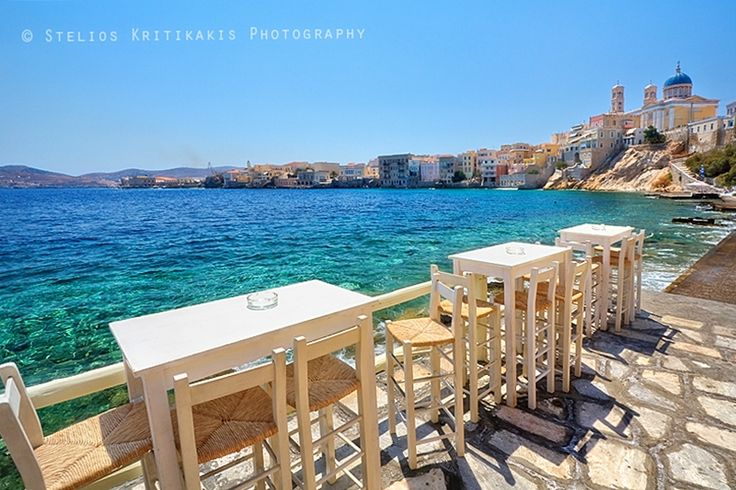 With delicious dishes and unique local snacks, the beautiful Syros Island in Greece invites gastronomy lovers to explore its cuisine and enjoy dining in its taverns and some of the best restaurants in the Cyclades.Visitors will be surprised to find some of the best places to eat are not only in Ermoupoli, but also in inland villages and picturesque fishing settlements. But certainly these more distant areas are the best places to eat and, as such, worth the trip!