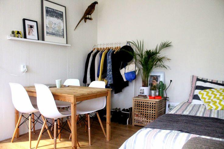 Minimalist Room Deco