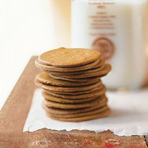 Spicy Morovian wafers - would be great with a pumpkin cream cheese center...or lemon cream cheese