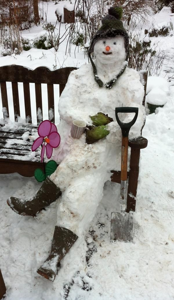 Gardener snowman!