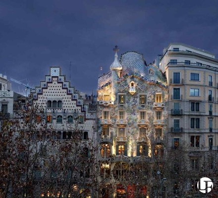 Luxury property for sale in central Barcelona city