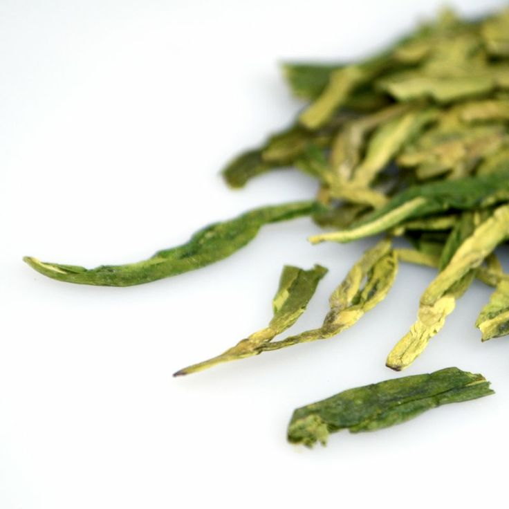 Delicate #teas like Imperial Green or Sencha are wonderful with seafood, salads, or chicken.
