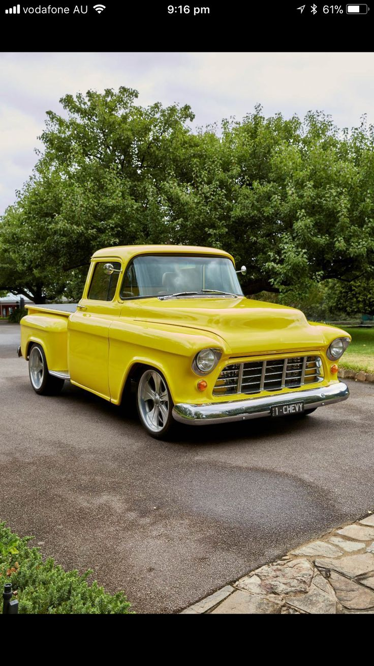 Smith nice 50s Chevy Pickup