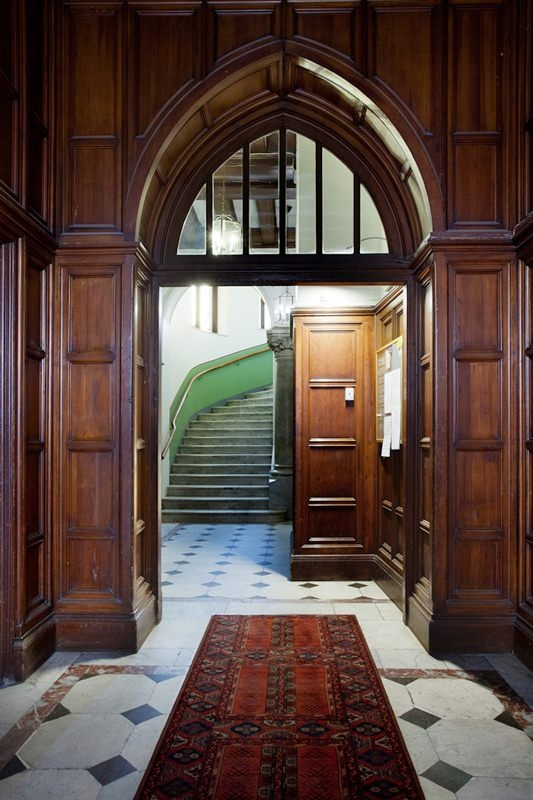 Regeringsgatan - Hallway (Trapphus)