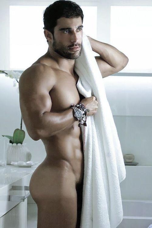 Phrase Le rev male naked
