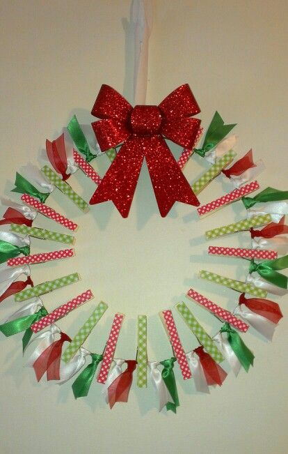 67 Best Craft Clothes Pin Wreath Images On Pinterest