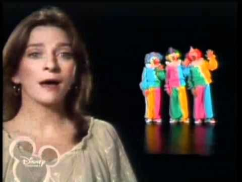 Muppets Show Season 2 Episode 5. Judy Collins singin Send in the Clowns. I have seen this as a Kid. I didnt realize how good the Number really is until a cuple of days ago. So here you go in HQ.