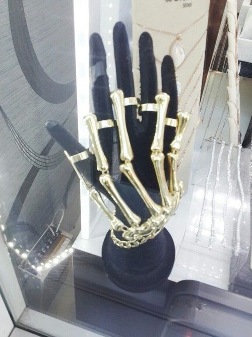 Accessorie ring -  hand