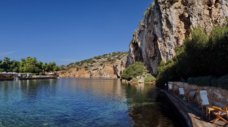 Vouliagmeni Lake through the eyes of dekanski