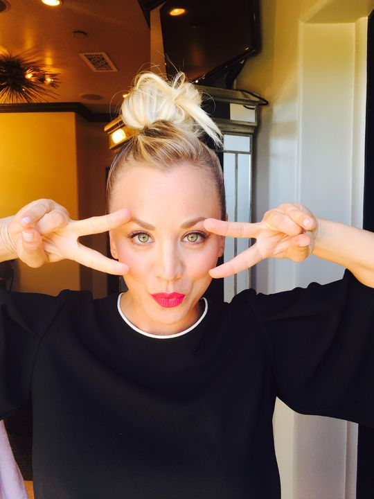 Kaley Cuoco's cool knot is a hairstyle we LOVE for fall - click for more pictures and tips on how to recreate it yourself.
