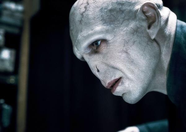 Ralph Fiennes -(Lord Voldemort) Harry Potter a relikvie smrti - 1.část - 2010