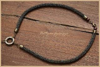 Gyöngyhorgolt nyaklánc - Variációk egy témára gyöngyhorgolt lánchoz alaplánc / bead crochet necklace