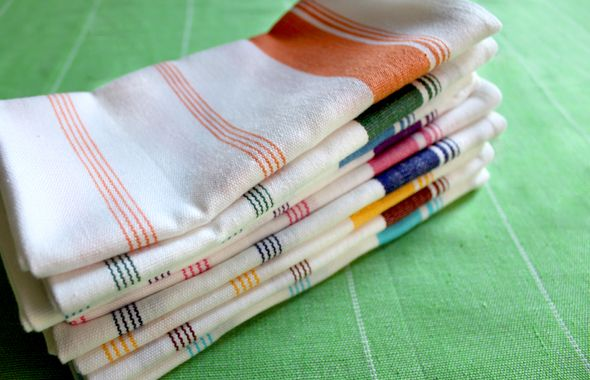Candy Stripe napkins: Dining Rooms, Candy Stripes, Stripes Napkins, Dining Room Tables, Beautiful Napkins, Blankets Napkins Tea, Cloth Napkins