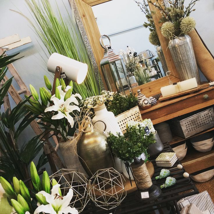 Pressed metal mirror #lighting #plants #flowers #mirror #metal #natural #wood #homewares #quinceyjac