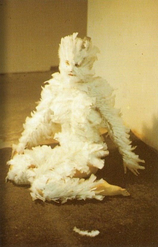 Ana Mendieta - Feathers on a Woman, University of Iowa, 1972 source: spectrumvivace