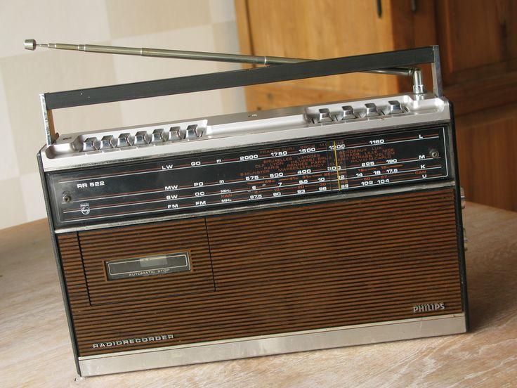 PHILIPS RH522 Portable Radio Cassette Recorder