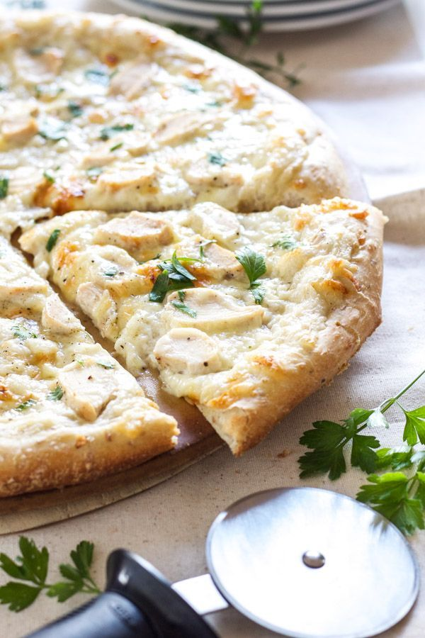 Chicken Alfredo Pizza tastes just like the classic pasta dish only you can eat it with your hands!