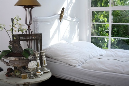 love the bed next to a big window!