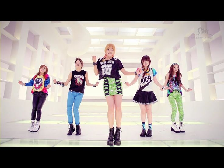 에프엑스_Electric Shock_Music Video.  f(x) the first girl group I liked quickly followed by 2NE1