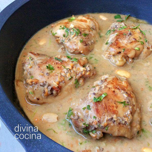 Esta receta de pollo con almendras es la tradicional que preparaba mi abuela María. Un clásico que no pasa de moda y que gusta a todos.