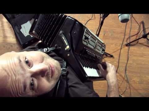 Kandráčovci - Dva duby - backstage version [HD] - YouTube
