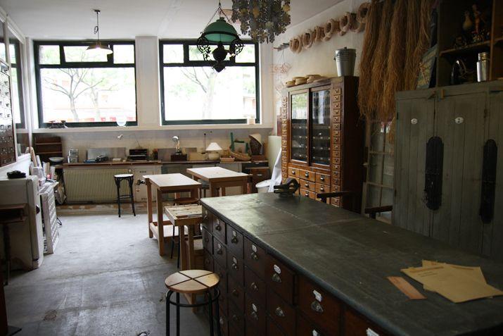 L'Établisienne, le lieu pour rénover, fabriquer, réparer, personnaliser ... www.letablisienne.com/