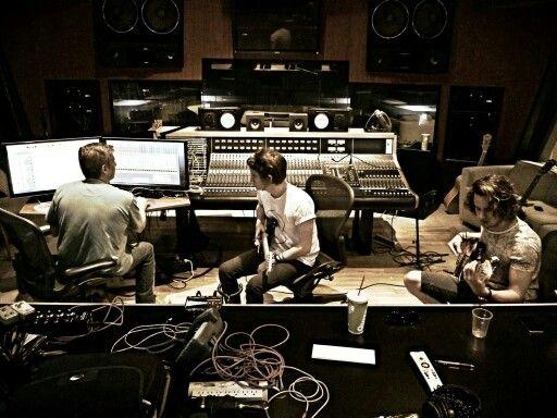 Little sea in the studio