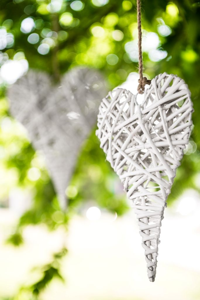 The combination of #nature and of #love always leads to a #romantic result... #Heart #wooden