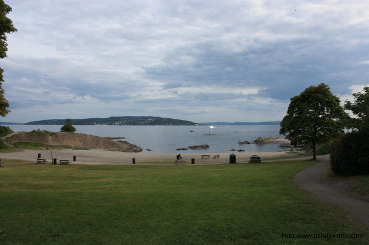 Huk beach  Bygdøy, a beach at the southern tip of the Bygdøy peninsula. It offers easy access to the waters of the fjord