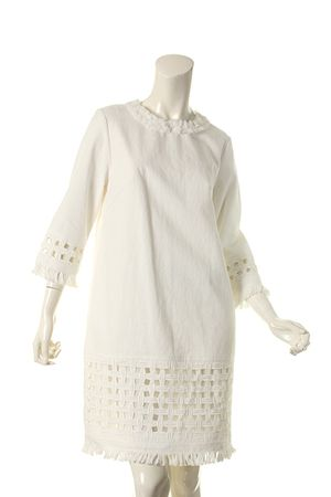 芸能人長谷川京子が私 結婚できないんじゃなくて、しないんですで着用した衣装ワンピース