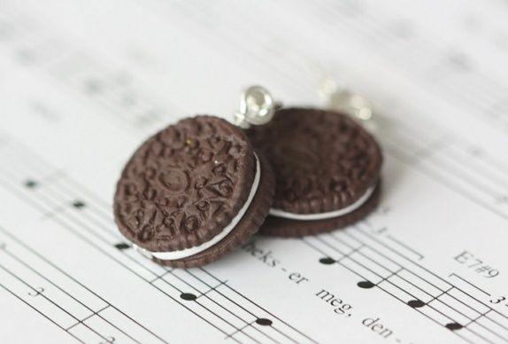 Oreo coockie Earrings http://epla.no/shops/LilliogLucas-smykk/