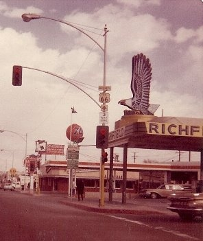 Route US 66, Barstow, 1969