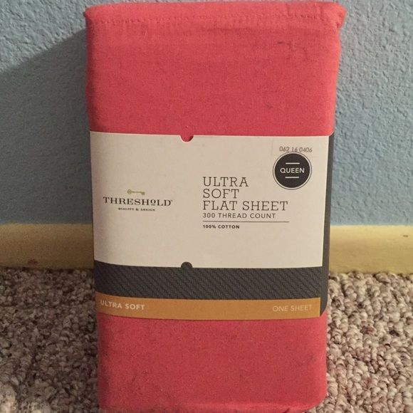 Never opened coral Queen sized sheets Queen size cotton sheets. Brand new! Other