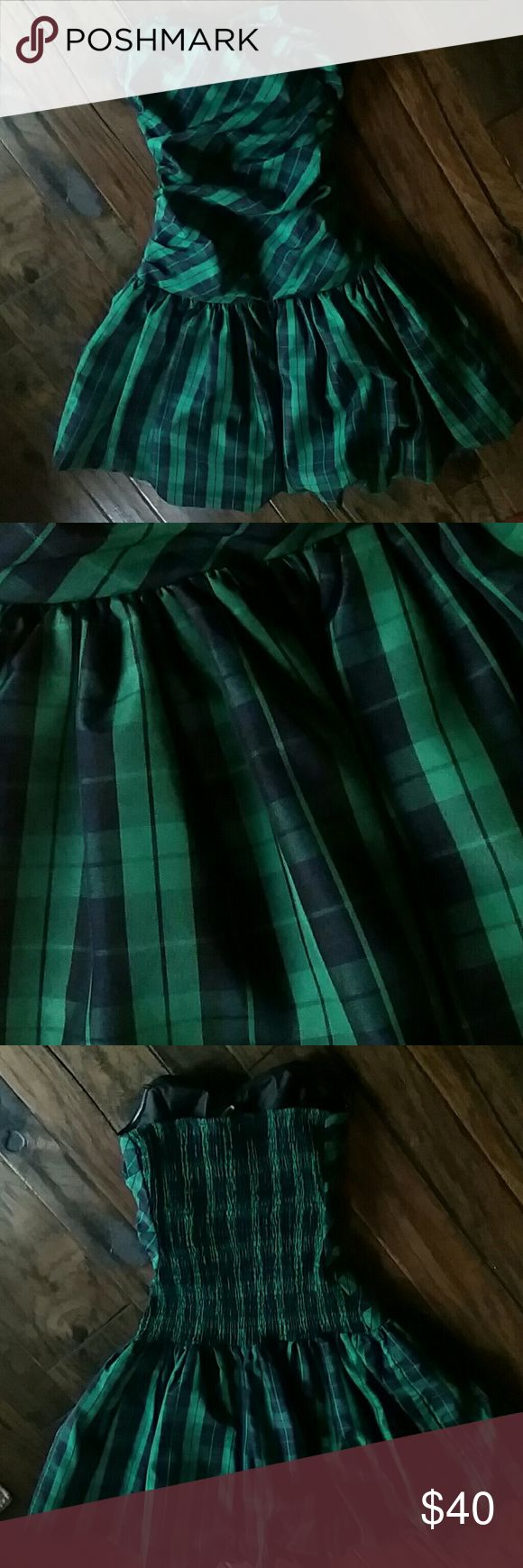 Strapless plaid bubble dress Green and blue plaid strapless bubble dress (ONLY WORN ONCE) Luella Bartley  Dresses Strapless