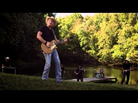Kevin Fowler - That Girl Official Music Video - YouTube