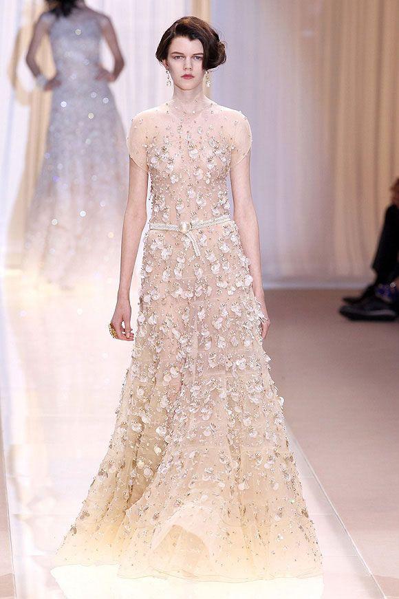 Bridal Fashion Collección De Alta Costura Otoño Invierno 2017 Del Diseñador Italiano Giorgio Armani