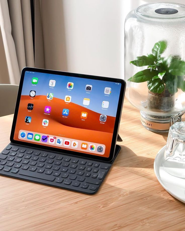 Its Friday Online Black Friday Black Friday Shopping Black Friday Stores Black Friday Sale Black Friday Gifts In 2020 Ipad Pro Ipad Desk Apple Products