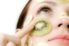 Maschera al kiwi e argilla verde per pelli grasse