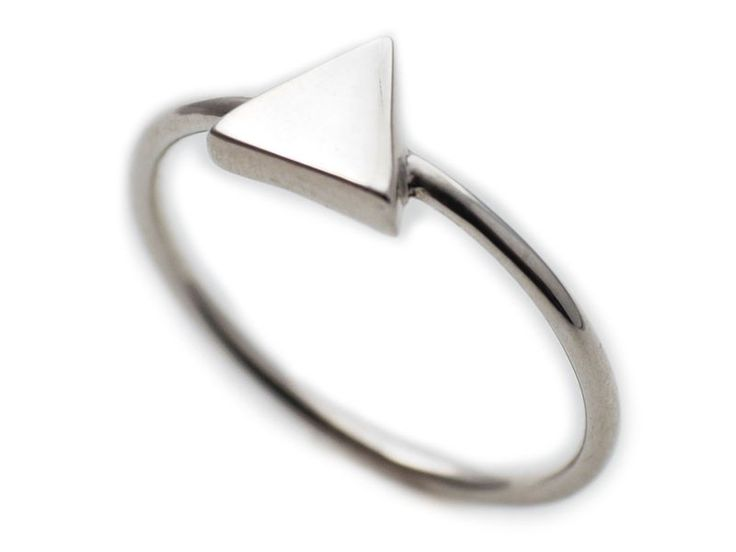 Anillos - Anillo plata mujer minimalista. Triángulo.  - hecho a mano por Conldelola en DaWanda