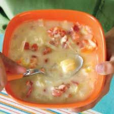 Soupe aux poireaux, aux pommes de terre et au bacon