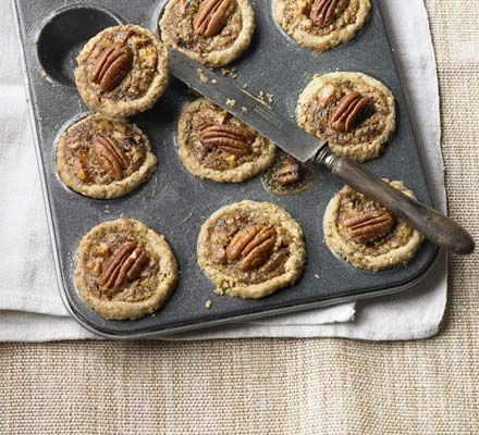 These are a favourite with American families and make a great alternative to mince pies